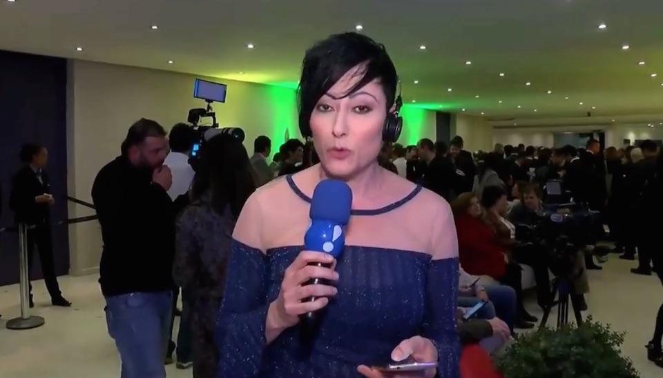 Repórter Joice Maffezzolli mostra bastidores do debate com candidatos à Presidência na RedeTV!