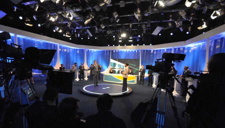 Participaram do encontro, Henrique Meirelles (MDB), Geraldo Alckmin (PSDB), Marina Silva (Rede), Ciro Gomes (PDT), Jair Bolsonaro (PSL), Guilherme Boulos (Psol), Alvaro Dias (Podemos) e Cabo Daciolo (Patriota)