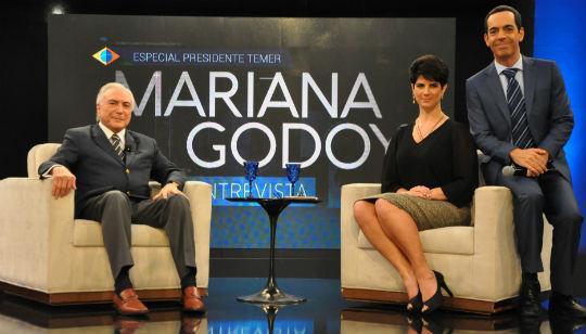 Na sequência, Temer aproveitou a visita à emissora para gravar uma entrevista exclusiva para o talk show apresentado pela jornalista Mariana Godoy