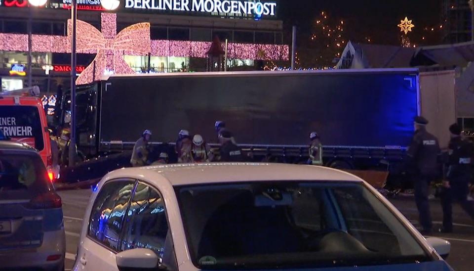 Segundo confirmou a polícia localpor meio de sua conta oficial do Twitter, 12pessoas morreram, e 48pessoas ficaram feridas