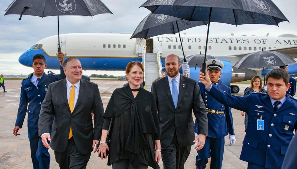 O secretário de Estado norte-americano, Mike Pompeo, chega em Brasília, onde vai acompanhar a posse do presidente eleito, Jair Bolsonaro