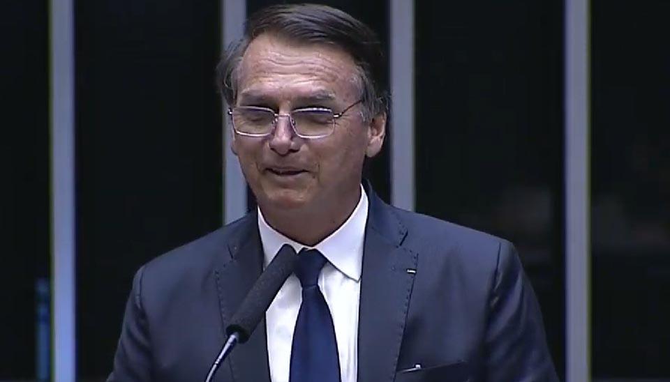 O presidente eleito Jair Bolsonaro toma posse, em sessão solene no Congresso Nacional
