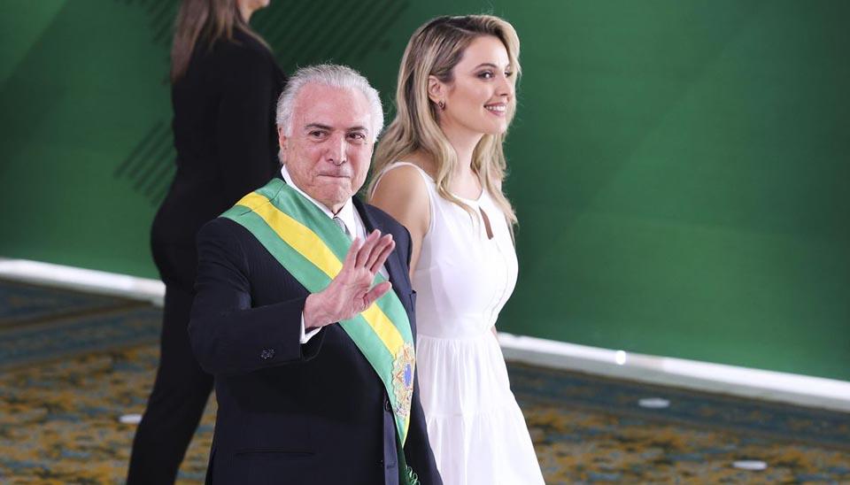 Michel Temer e Marcela Temer durante cerimônia de passagem da Faixa Presidencial para o presidente Jair Bolsonaro, no Palácio do Planalto