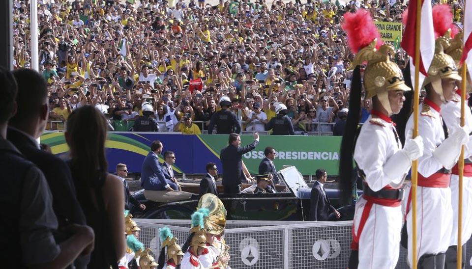 O presidente eleito, Jair Bolsonaro, chega ao Congresso Nacional para a solenidade de posse