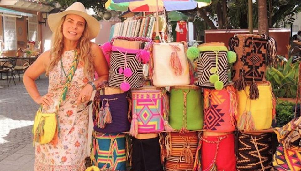 """""""Mais uma foto da minha viagem à Cartagena, na Colômbia. Muitas cores nesse lugar!"""""""
