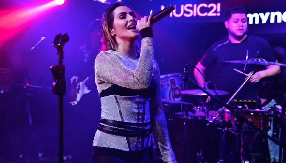 Na última quinta-feira (10), a cantora já havia lançado seu primeiro clipe