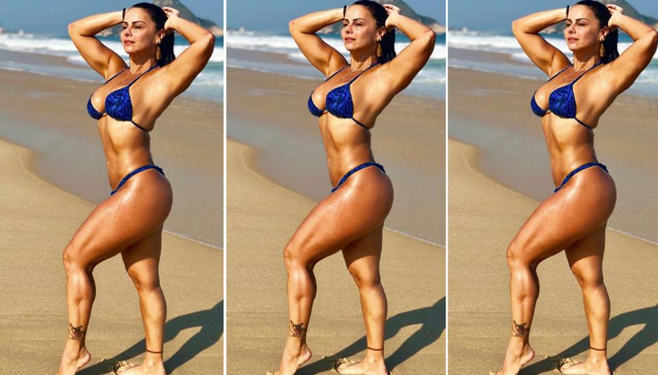 Viviane Araújo aproveitou esta quinta-feira (23) ensolarada para curtir uma praia do Rio de Janeiro. De biquíni, a atriz exibiu um corpão em diversos cliques de tirar o fôlego dos seus seguidores no Instagram.