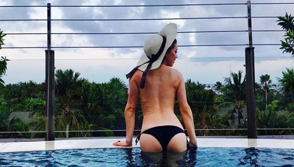 Uma crítica feita a uma atriz que nunca se importou de exibir o corpo - desde que por opção, como mostra esse post feito por ela no Instagram