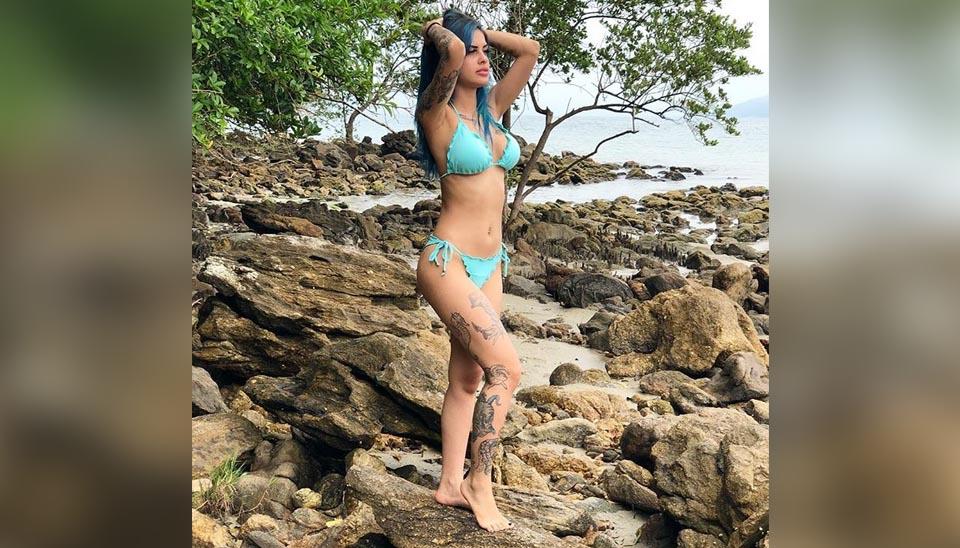 Tati Zaqui, de 24 anos, já foi capa da Playboy em julho de 2015. Ela ficou famosa por publicar vídeos dançando nas redes sociais e pelas músicas ?Parara Tim Bum? e ?Água na Boca?.