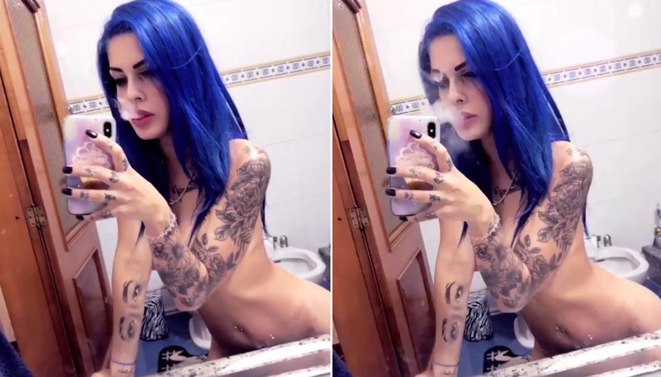 E dezembro com bônus! Eleita mulher mais sexy de 2018, Tati Zaqui também causa com seus nudes na rede social. O lugar preferido para os cliques estratégicos? O banheiro??