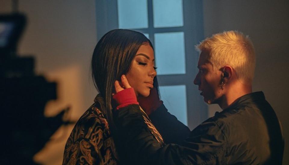 O vídeo sai só na sexta-feira (16), mas algumas imagens quentes dos dois juntos em cena foram divulgadas na noite de terça-feira (13)