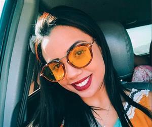 Florentina, filha de Tiririca, impressiona seguidores e faz sucesso na web