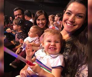 No aniversário de Melinda, veja 5 provas de que o sorrisão da pequena é inconfundível