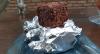 Aprenda a preparar bolo gelado tradicional e de chocolate