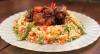 Edu Guedes ensina receitas de galinhada tradicional e diferente
