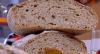 Edu Guedes ensina a preparar receitas de pães caseiros