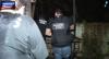 Policiais fazem cerco e surpreendem criminoso em casa