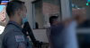 Homem em atitude suspeita reclama de abordagem da polícia
