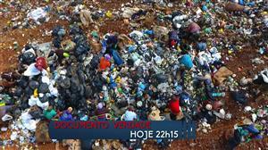 """O cotidiano dos lixões é assunto do """"Documento Verdade"""" desta sexta (17)"""