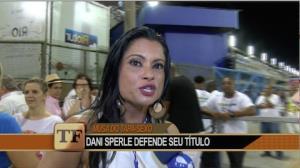 Dani Sperle garante que não perderá o título de musa do tapa-sexo