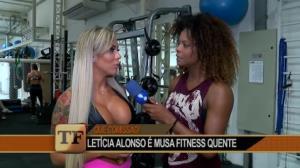 Com corpo de dar inveja, Letícia Alonso 'bomba' nas redes sociais