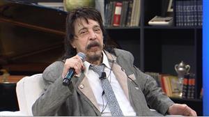 Benito Di Paula diz que decepção em loja o fez compor 'Sanfona Branca'