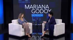 """""""Todo mundo tem uma história de amor"""", diz Sarah Oliveira sobre programa"""