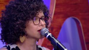 Roberta Campos canta 'De janeiro a janeiro' no Mariana Godoy Entrevista