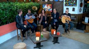Biquini Cavad�o destaca 'surpresas' em viagens para shows
