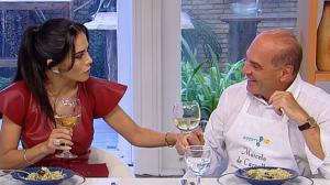 Marcelo de Carvalho prepara receita de bacalhau para Dani Albuquerque