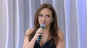 """""""Minha mãe achava que atriz vivia num mundo perdido"""", lembra Luiza Tomé"""