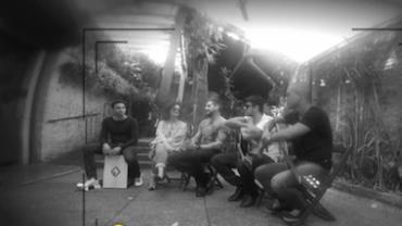 Felipe Pezzoni abre cora��o e fala sobre apoio do pai para cantar