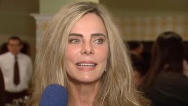 Bruna Lombardi diz que se surpreendeu com repercuss�o de fotos de camisola