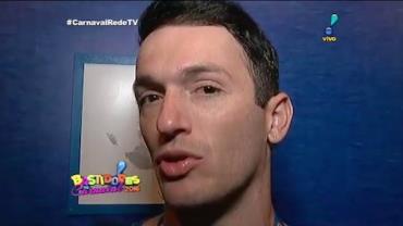 Diego Hyp�lito d� 'escapadinha' para acompanhar Carnaval carioca