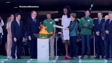 Tocha ol�mpica percorre Bras�lia e d� in�cio a jornada pelo Brasil