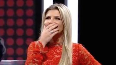 Culpa do Alem�o? �ris Stefanelli chama Fani de 'piranha' no Mega Senha