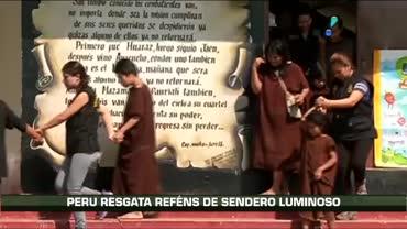 Ex�rcito peruano liberta 15  pessoas sequestradas por guerrilheiros