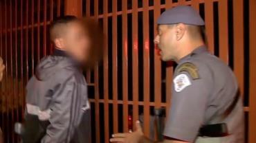 Policiais flagram assaltantes em carro roubado