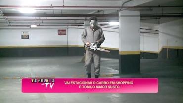Maluco usa serra el�trica para assustar motoristas em shopping
