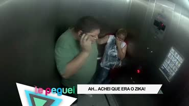 Rapaz finge estar com tuberculose e tosse dentro de elevador