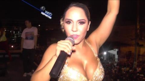 Mulher Mel�o sobre calcinha: 'N�o pode deixar o periquito voando'