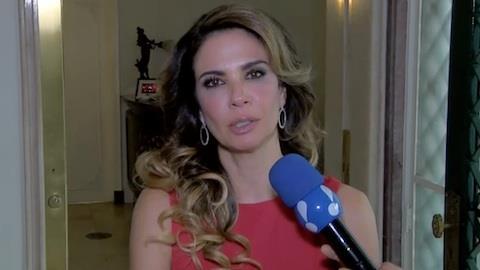 Luciana Gimenez sentiu falta do calor em f�rias nos EUA