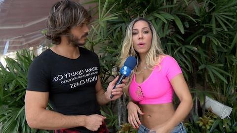 'Acho que eu ia ficar envergonhada', diz Mulher Mel�o sobre filme er�tico