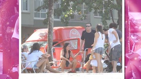 Malu Mader e Tony Bellotto curtem dia no Rio de Janeiro