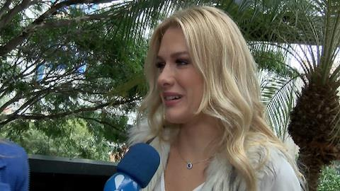 Fiorella Mattheis nega colar de compromisso: '� s� uma coisa nossa'