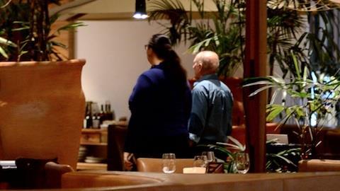Renato Arag�o janta com esposa em shopping do Rio