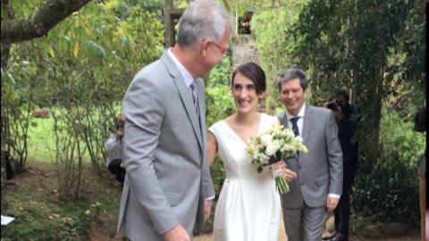 Pedro Bial e Maria Prata se casam em Petr�polis