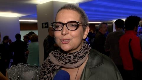 'Me senti nua', diz Betty Lago sobre perder cabelos com quimioterapia