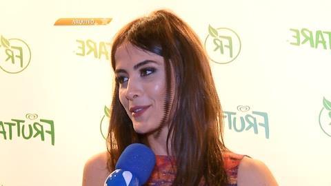 Maria Casadevall se nega a falar sobre casa que comprou com Caio Castro