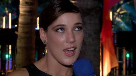 Adriana Birolli confirma que recebeu convite para posar nua, mas rejeitou